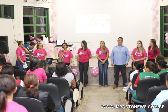 1º dia do 'Outubro Rosa' em Deodápolis; o evento contou com palestra, sorteio de brindes e coquetel