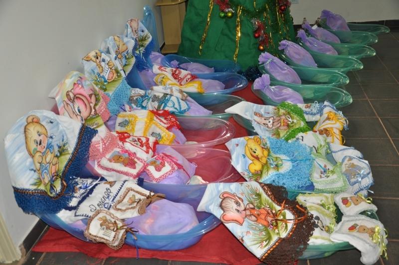 Grávidas receberam Kits e Panetones no encerramento das atividades deste ano de 2017 da 'Casa da Mãe Gestante'
