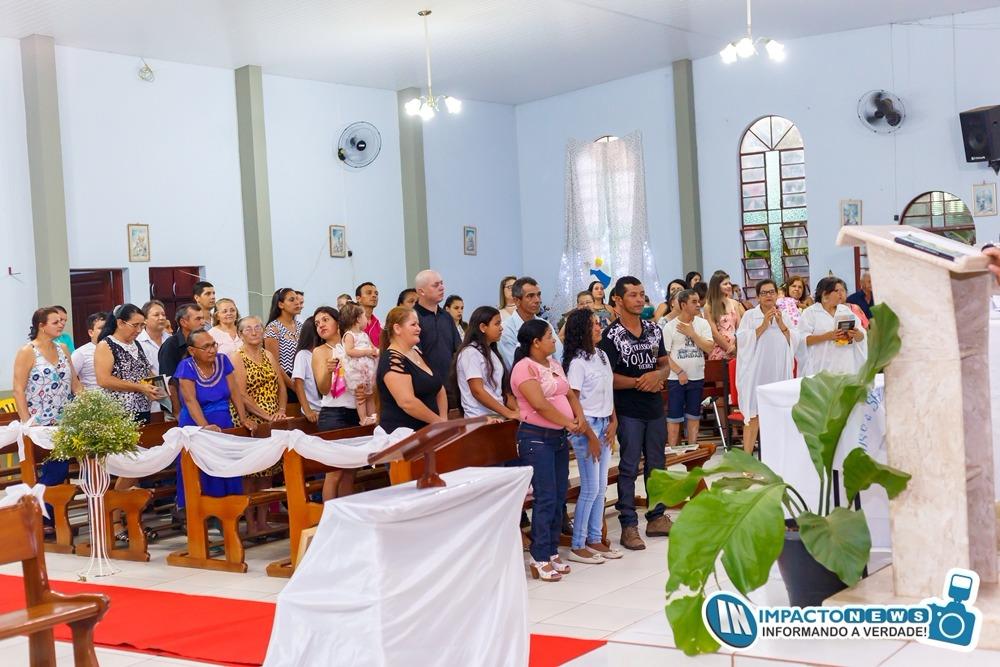 Crisma na Igreja Católica do Distrito de Lagoa Bonita em Deodápolis