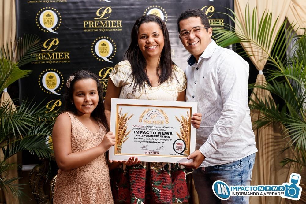 Empresários, Politicos e Personalidades receberam o prêmio 'Qualidade Total' da Premier Pesquisas em Glória de Dourados