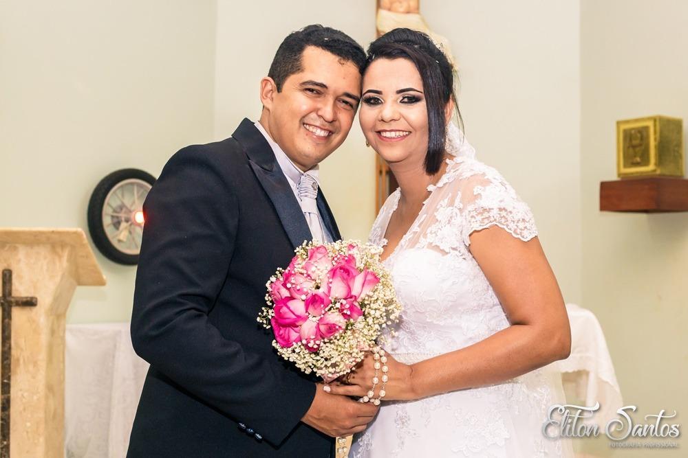 Casamento de Eliton Santos e Andrea Pires em Deodápolis; momento de grande alegria e realização