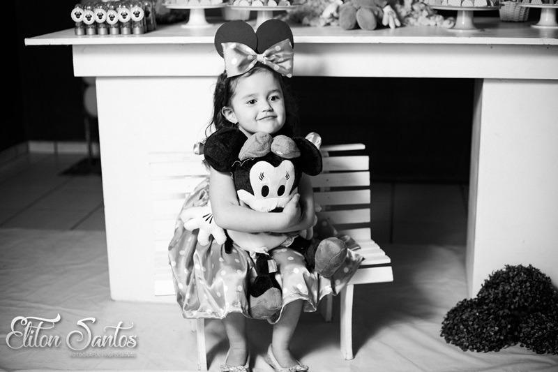 Aniversário de 3 aninhos da princesinha Lavínia na AABB em Deodápolis
