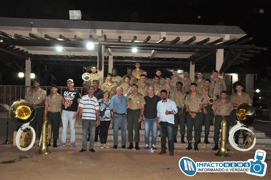 Apresentação da Banda Musical do 10º Regimento de Cavalaria Mecanizada do Exército Brasileiro