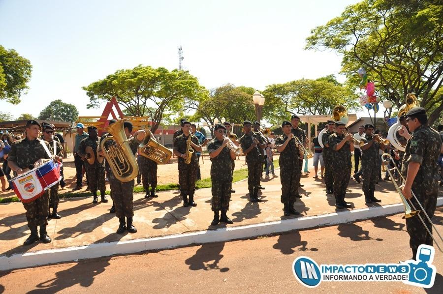 Veja aqui as fotos do grande desfile cívico realizado em Deodápolis na manhã deste domingo (9)