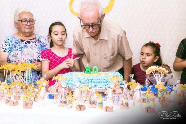 O Sr. Geraldo completou 80 anos e você vê aqui as fotos deste momento maravilhoso e inesquecivel