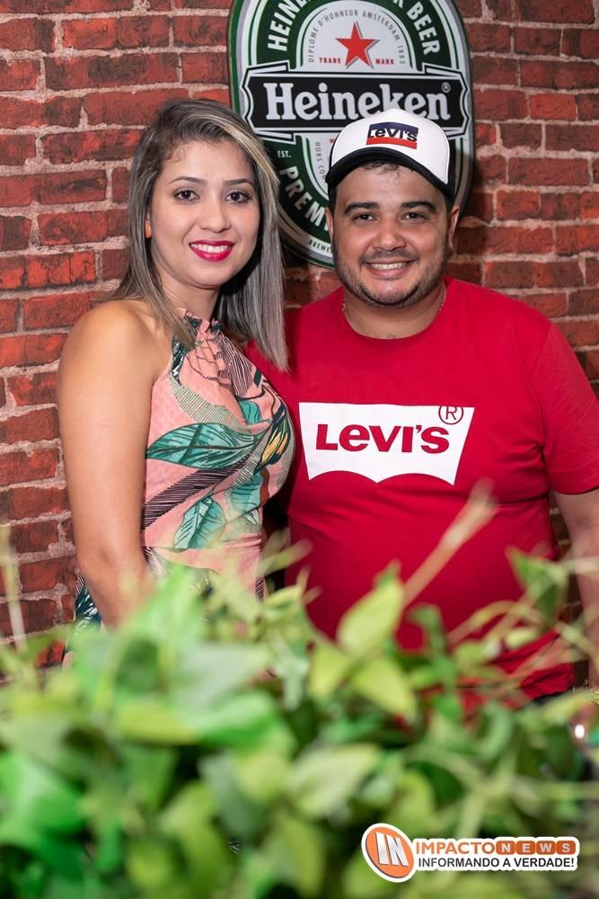 Veja aqui as fotos do aniversário de Carlos Nemésio que contou com uma super decoração e show ao vivo