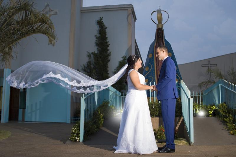 Veja aqui as fotos do enlace matrimonial de Flávia e Everton