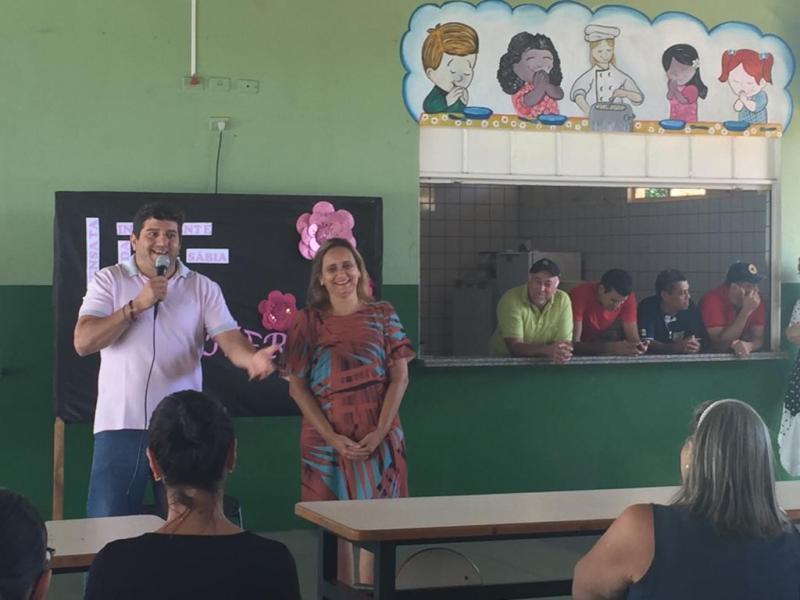 Comemoração ao Dia Internacional da Mulher na Escola Estadual Scila Médici