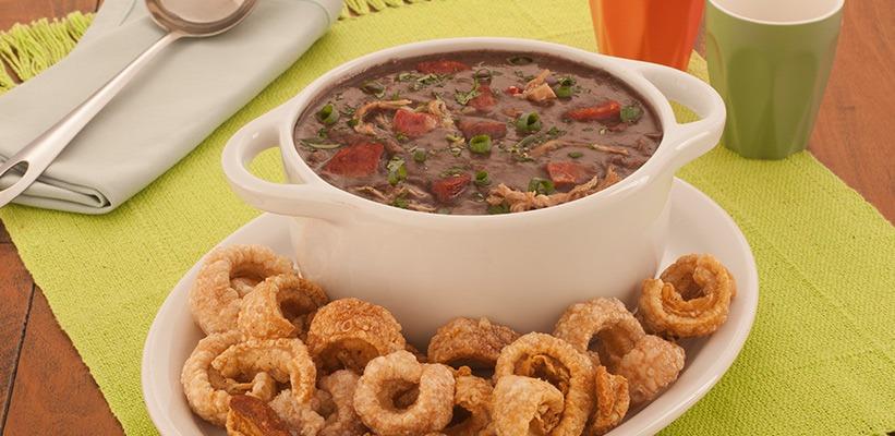 Tá frio ai? O Luis Carlos Gás te ensina como preparar um delicioso caldo de feijão super fácil de preparar