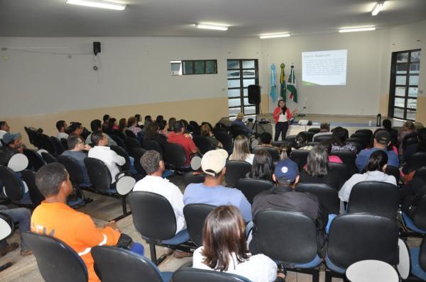Comunidade participou de 'mobilização' do Plano de Saneamento Básico de Deodápolis