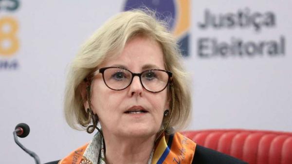 TSE está 'entendendo o fenômeno' das notícias falsas, afirmou a ministra Rosa Weber em coletiva de imprensa Foto: Roberto Jayme/Ascom/TSE / BBC News Brasil
