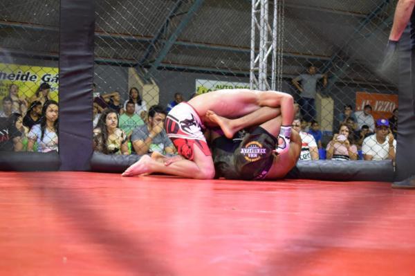Elite Fight Championship reuniu grandes atletas e publico vibrou com os combates