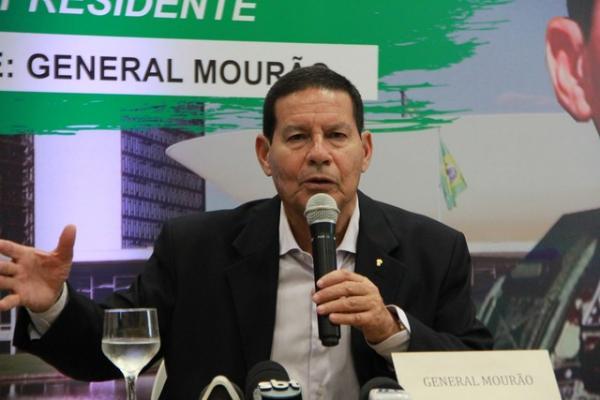 General Hamilton Mourão, candidato a vice-presidente na chapa de Jair Bolsonaro — Foto: Rickardo Marques/G1 AM