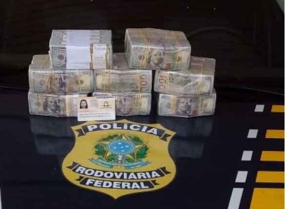 Boliviana passa mal em ônibus na BR-163 e PRF encontra 800 mil dólares
