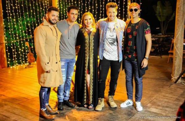 Banda douradense lança clipe nesta sexta-feira no YouTube