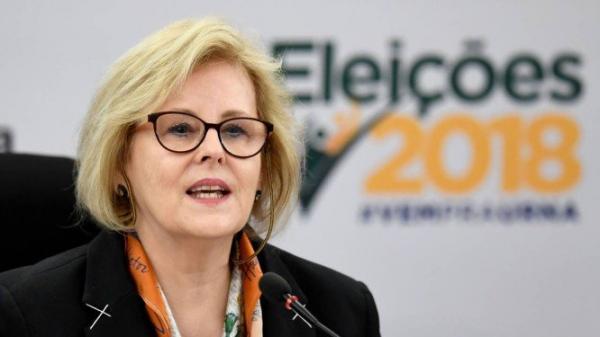 Presidente do TSE, Ministra Rosa Weber votou nesta tarde na Escola Parque 313/314 Sul - Foto: Reprodução/O Globo