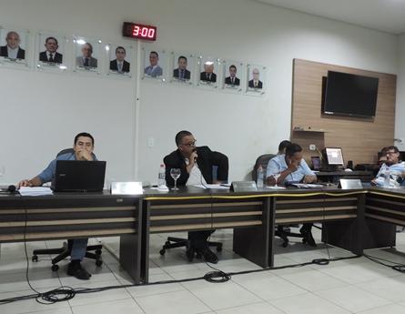 Presidente da Câmara pediu ao Prefeito informações sobre a realização das festas de fim de ano em Deodápolis