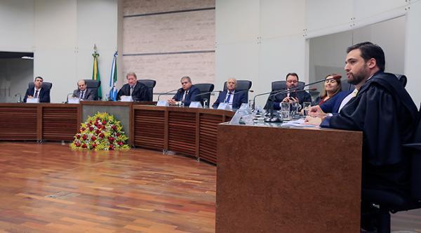 Tribunal Regional Eleitoral empossa novo juiz efetivo