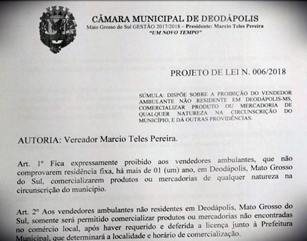 Atendendo ao pedido dos comerciantes, Márcio Teles protocolou projeto de lei que regulamenta ambulantes 'turistas'