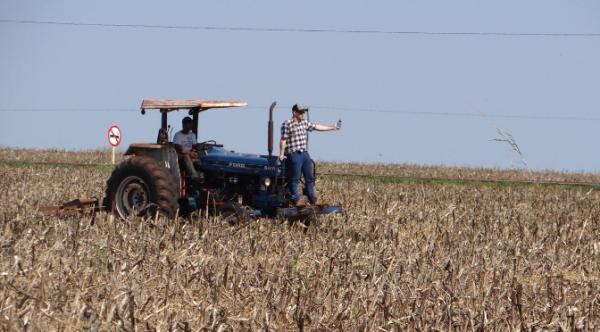 Pequenos produtores de Itaporã aderem à agricultura de precisão