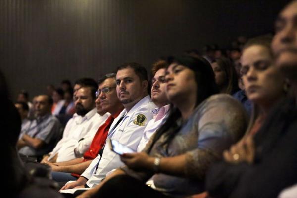 O Mais Médicos foi criado em 2013 para levar atendimento às regiões mais distantes do país - Crédito: Arquivo/Agência Brasil