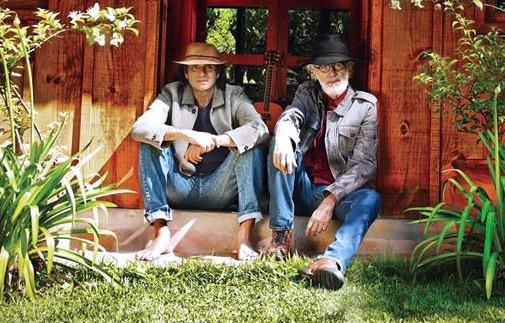 Almir Sater e Renato Teixeira ganham segundo Grammy Latino