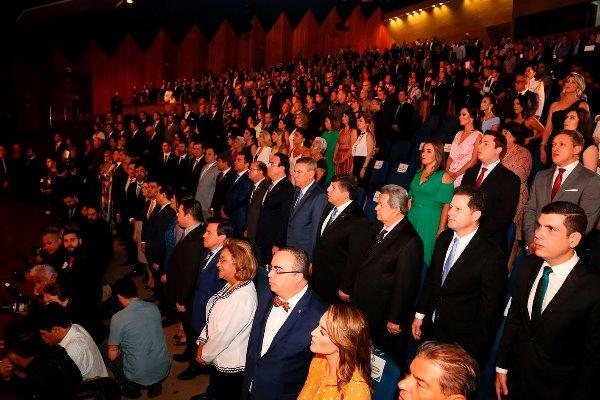 A diplomação é um ato que atesta quem são, efetivamente, os eleitos pelo povo - Crédito: Wagner Guimarães e Victor Chileno