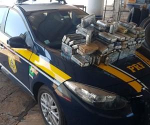 Polícia apreende 115 quilos de cocaína em estepe de caminhão