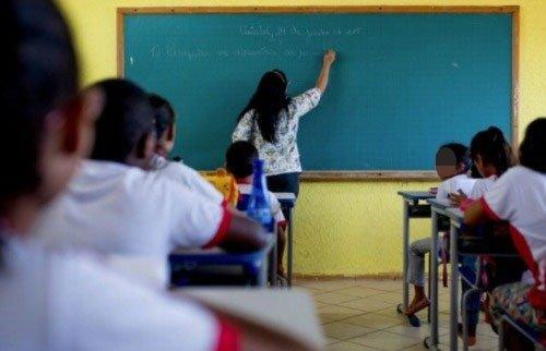 Abertas inscrições a cadastro de professores temporários da Rede Estadual de Ensino