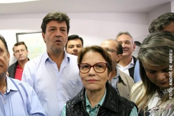 Tereza Cristina e Mandetta tomam posse como ministros de Bolsonaro na próxima quarta