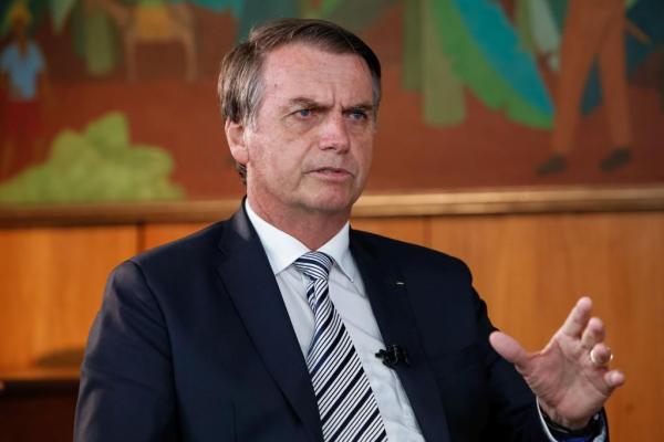 Bolsonaro espera arrecadar R$ 7 bilhões com concessões e leilão de 12 aeroportos
