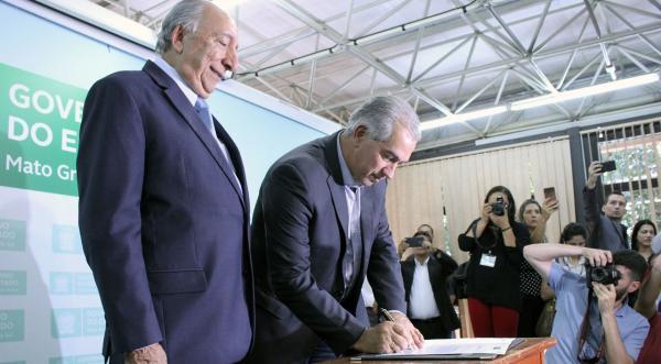 Pedro Chaves toma posse como secretário especial de Relações Institucionais e Assuntos Estratégicos