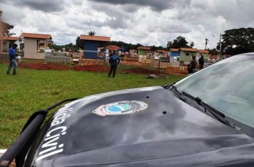 Corpo de mulher desenterrada em cemitério no interior foi encontrado em chácara de Campo Grande