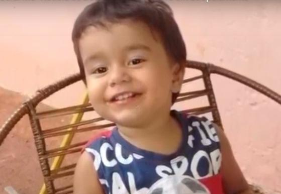 Polícia procura motociclista que atropelou e matou bebê
