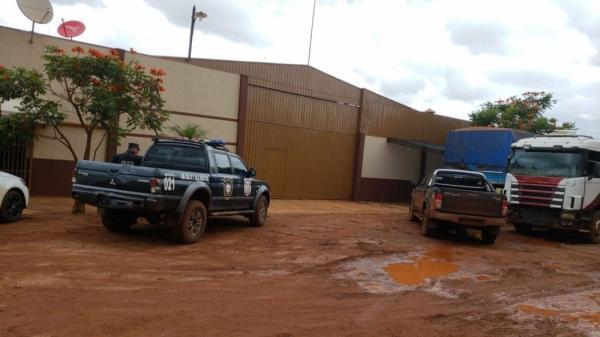 Polícia paraguaia apreende 29 caminhões roubados no Brasil