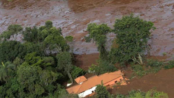 Sobe para 206 o número de mortes confirmadas em Brumadinho