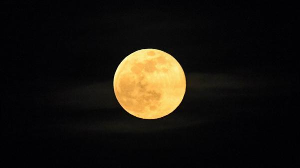 Superlua poderá ser vista hoje nas américas do Sul e Norte