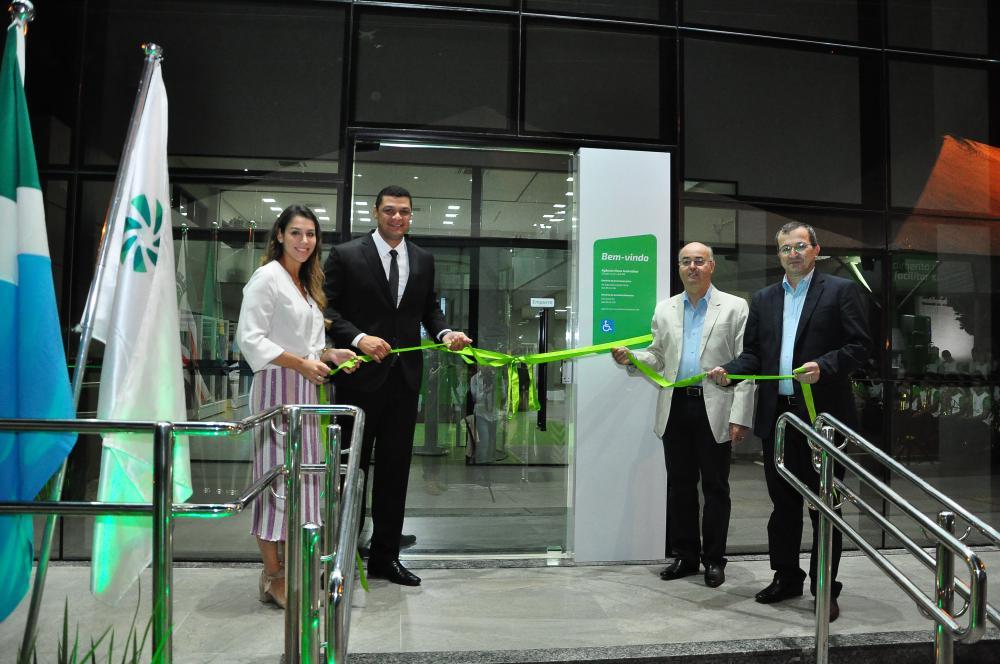 Sicredi Centro-Sul MS reinaugura agência Nova Andradina em novo endereço