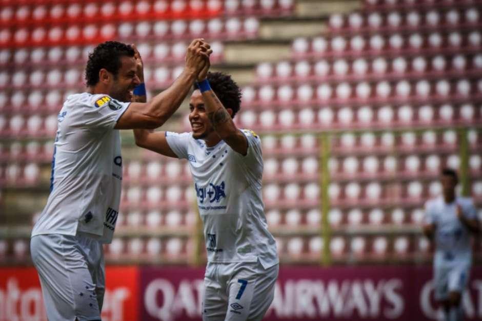 O time celeste está invicto na competição com cinco vitórias em cinco jogos, 100% de aproveitamento- Vinnicius Silva/Cruzeiro Foto: Lance!