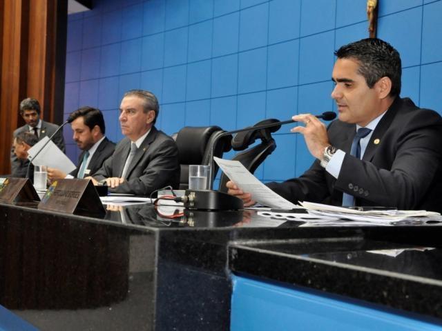 Deputados aprovaram projeto durante sessão desta quarta-feira (Foto: Luciana Nassar/ALMS)