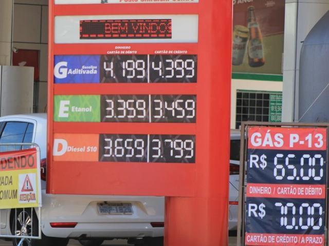 Novo índice que serve para calcular ICMS indicente sobre combustíveis e gás de cozinha passa a valer no dia 1º de junho (Foto: Marina Pacheco)