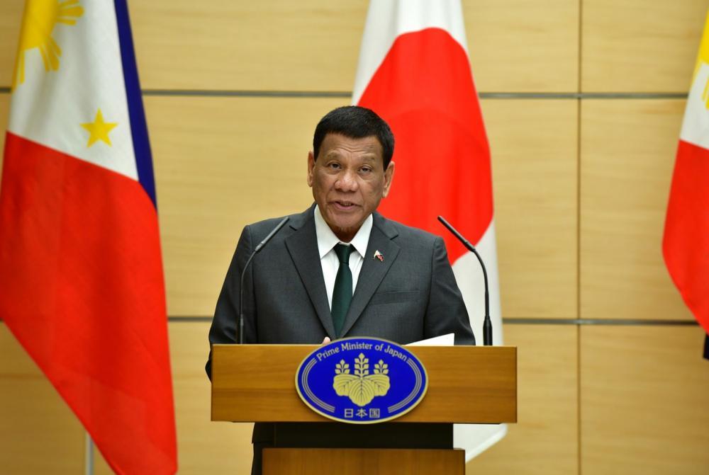 Rodrigo Duterte durante discurso no Japão — Foto: Kazuhiro Nogi /Pool via Reuters