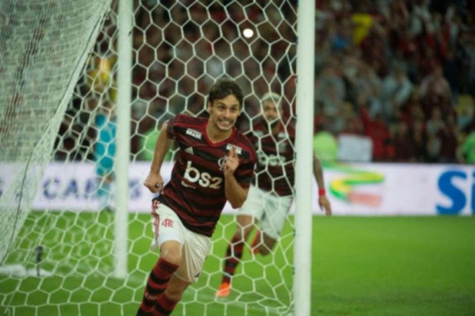 Rodrigo Caio comemora gol do Flamengo contra o Corinthians no Maracanã (Alexandre Vidal/Flamengo) Foto: LANCE!