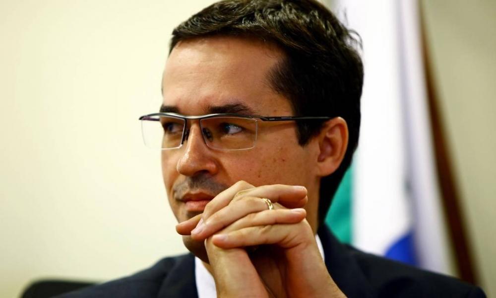 Mensagens: Deltan Dallagnol, procurador da República: conversas com Moro trataram sobre operações da Lava-Jato Foto: Heuler Andrey/Dia Esportivo / Agência O Globo
