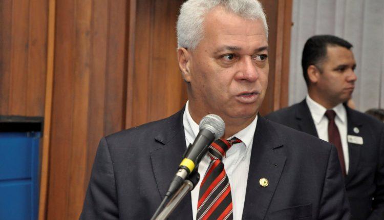 Deputado estadual Cabo Almi diz que houve interferência nas eleições de 2018. (Foto: Luciana Nassar/ ALMS)