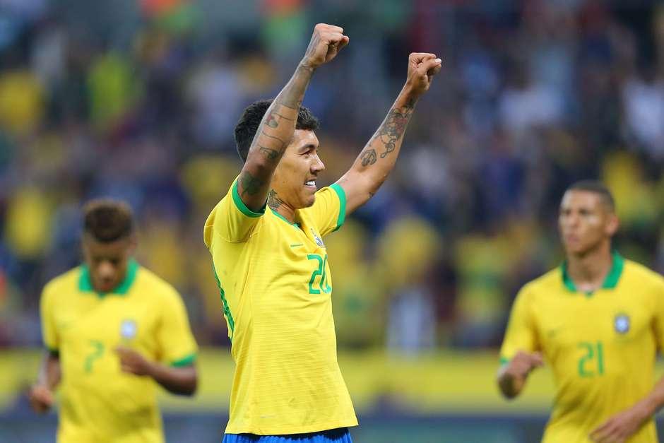 O atacante Roberto Firmino em campo pela Seleção Brasileira Foto: Cristiano Andujar / Futura Press