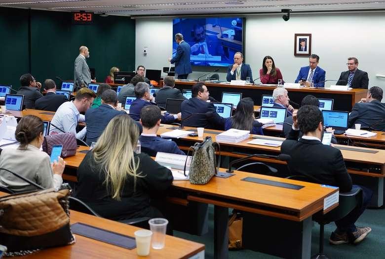 Grupo de trabalho da Câmara que analisa o projeto com medidas anticrime do governo Bolsonaro é formado por 16 deputados - Crédito: Will Shutter, Câmara dos Deputados