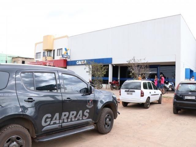 Agência da CEF foi roubada em Campo Grande na semana passada - Crédito: Henrique Kawaminami/Campo Grande News