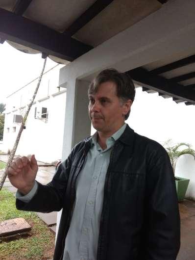 Etienne Biasotto foi eleito pela comunidade acadêmica para reitoria da UFGD - Crédito: André Bento/Dourados News (adsbygoogle = window.adsbygoogle || []).push({}); SAIBA MAIS DOURADOS Procurador acusa MEC de tumultuar UFGD por rixa com comunidade a