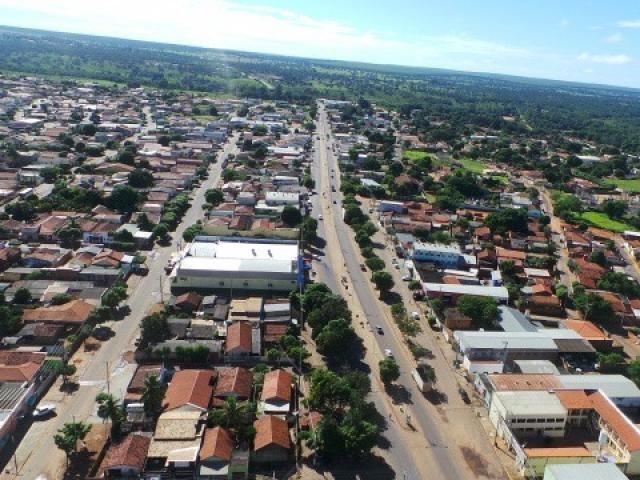 Vista aérea de Água Clara, município onde 9 partidos deixaram de prestar contas referentes a 2018 à Justiça Eleitoral. (Foto: Perfil News/Reprodução)